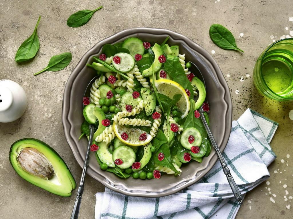 makaron z warzywami